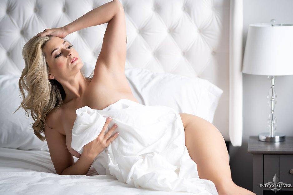 boudoir photo shoot